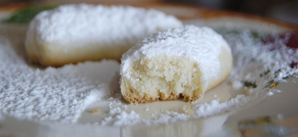Mama B's Sweets and Treats: 831 Blue Ridge Dr, Dripping Springs, TX