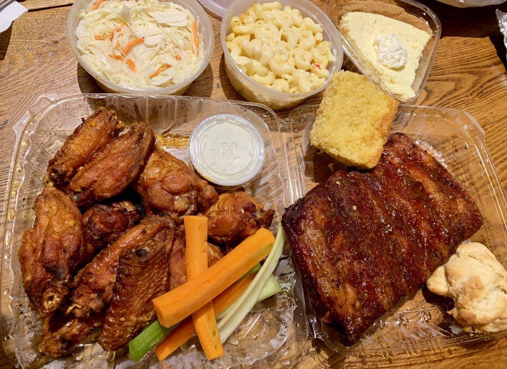 Hickory BBQ & Smokehouse: 743 State Rte 28, Kingston, NY