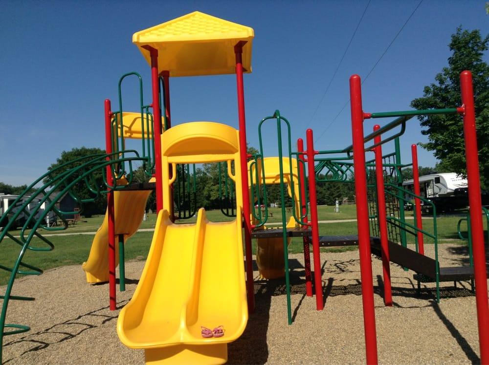 Timber Trails RV Park: 84981 47 1/2 St, Decatur, MI