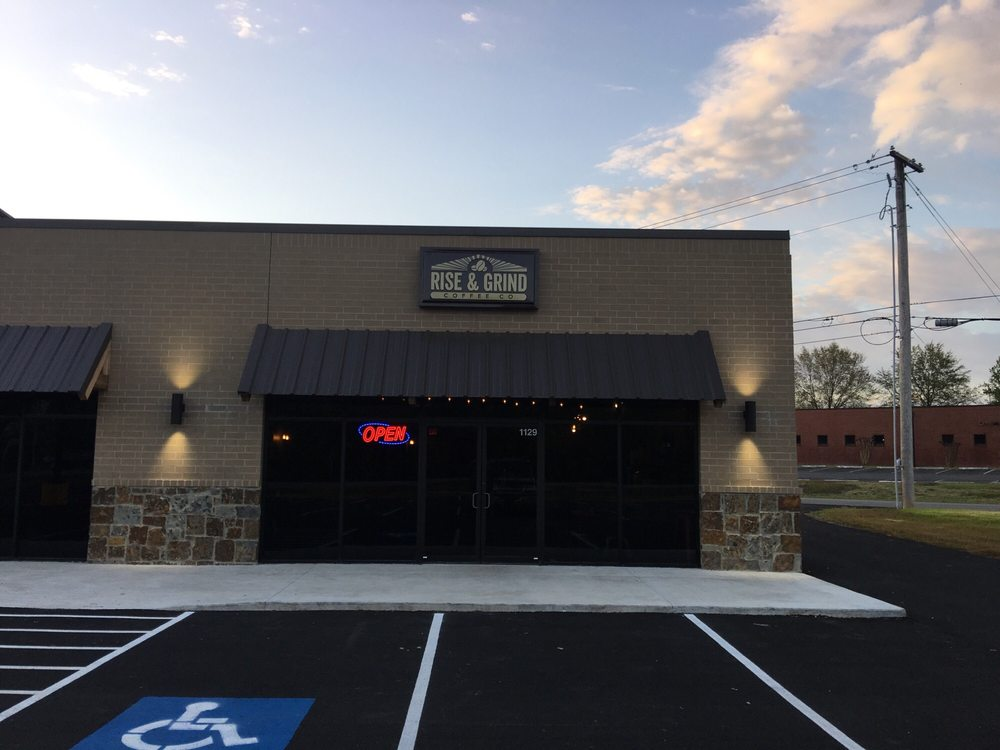 Rise & Grind: 500 South Main, Searcy, AR