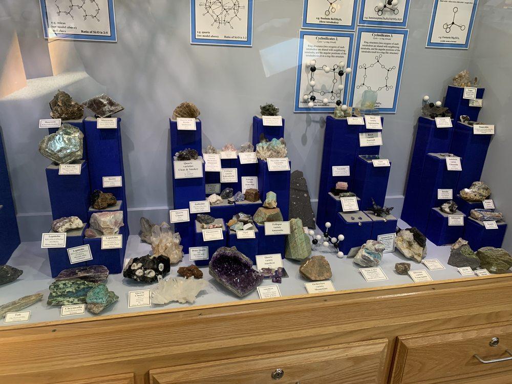 Tate Geological Museum: 125 College Dr, Casper, WY