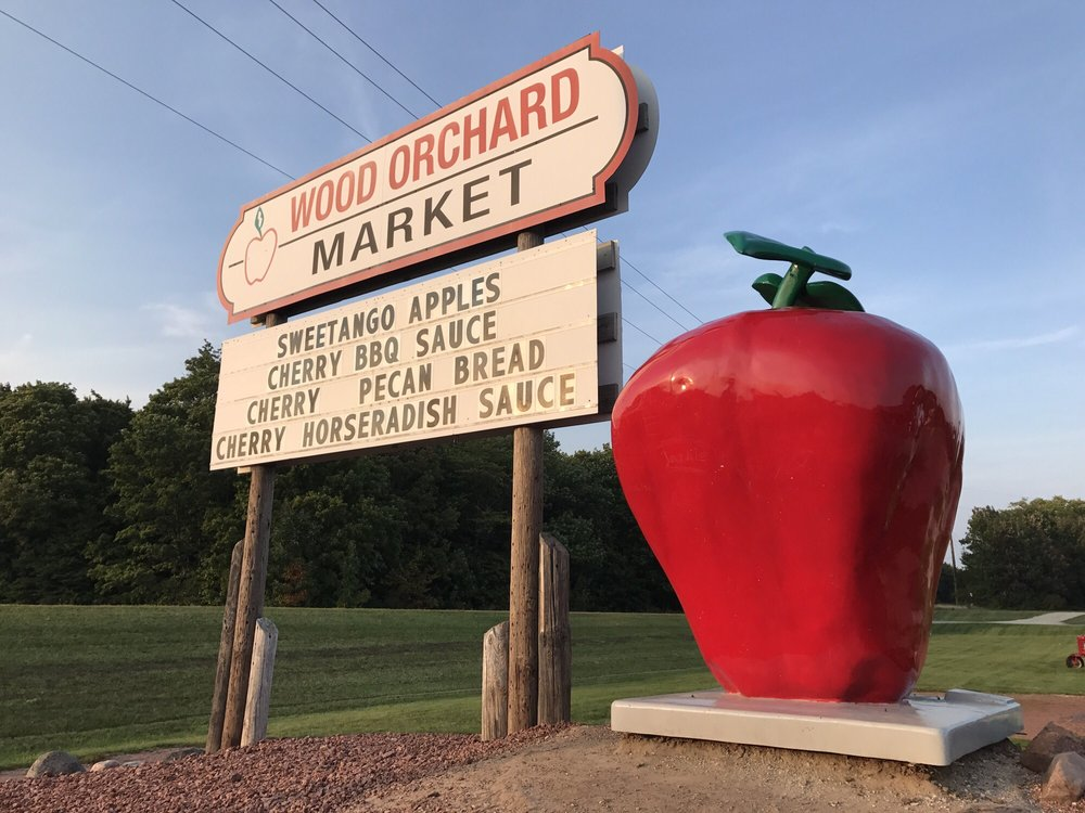 Wood Orchard Market: 8112 State Hwy 42, Egg Harbor, WI