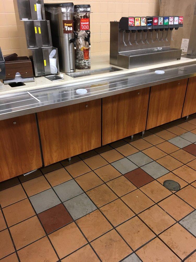 McDonald's: 101 S 32nd St, Muskogee, OK