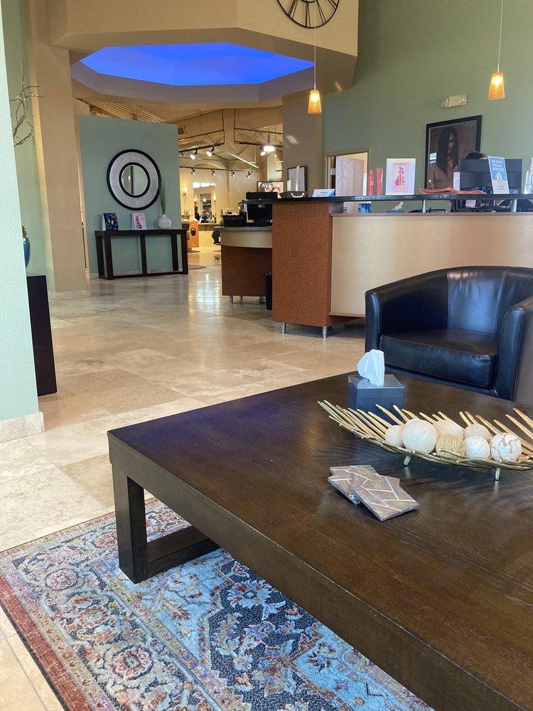 Salon/Spa Aura Appleton West: 900 N McCarthy Rd, Appleton, WI