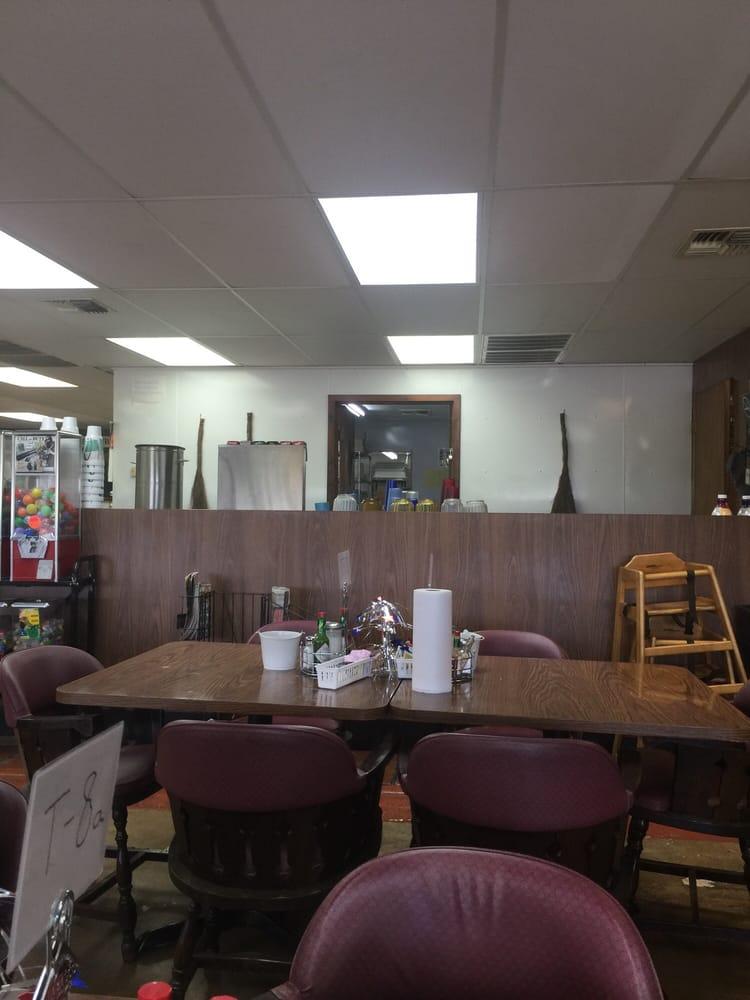 Trainer Hale Cafe: 14622 I-10 E, Alexandria, TX