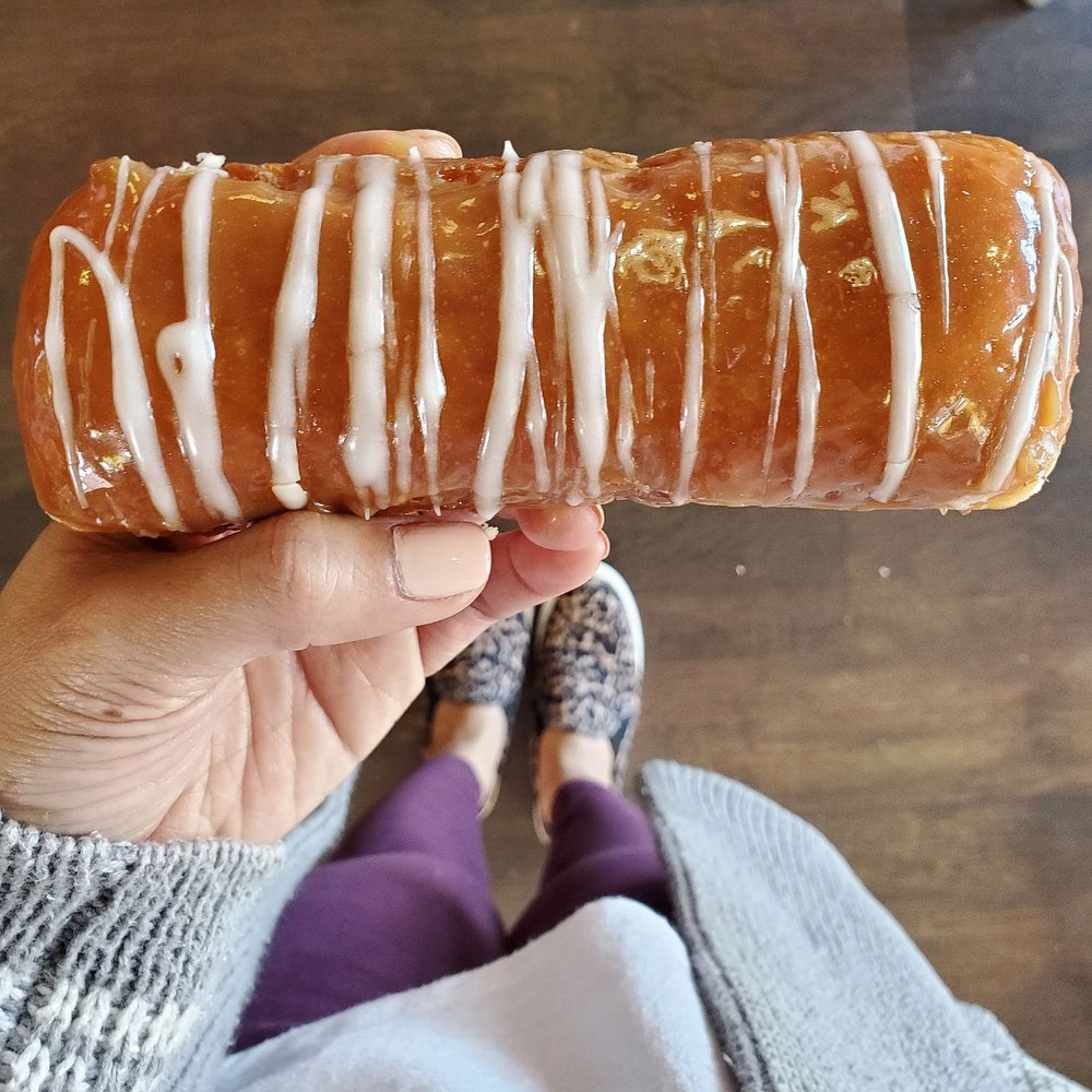 Dutch Monkey Doughnuts: 3075 Ronald Reagan Blvd, Cumming, GA