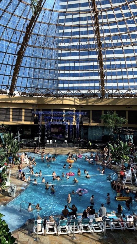 The Pool: 777 Harrah's Blvd, Atlantic City, NJ
