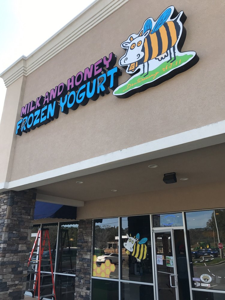 Milk & Honey Frozen Yogurt: 4767 Hwy 90, Marianna, FL