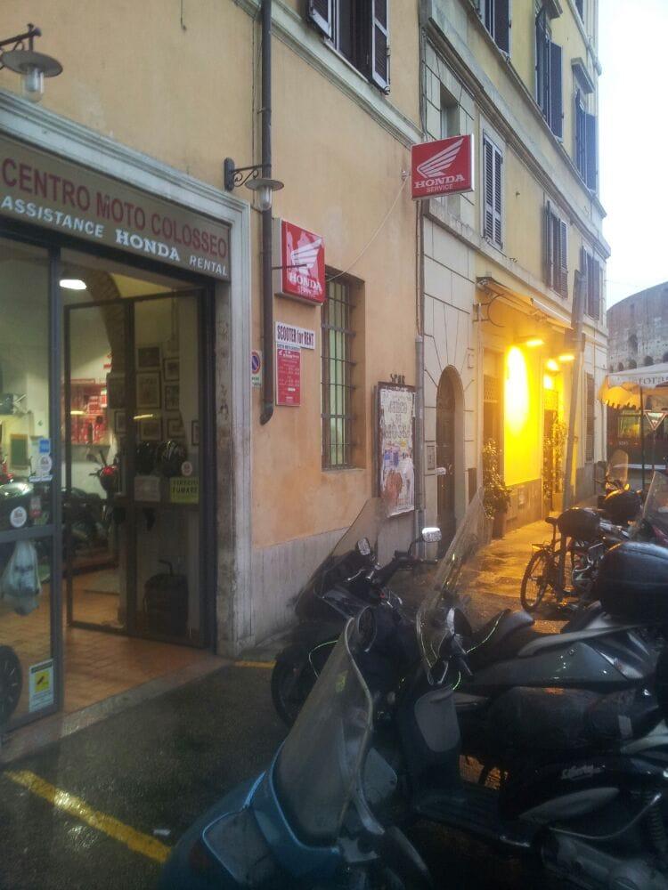 Centro moto colosseo 10 foto noleggi di biciclette for Noleggio cabina julian dal proprietario