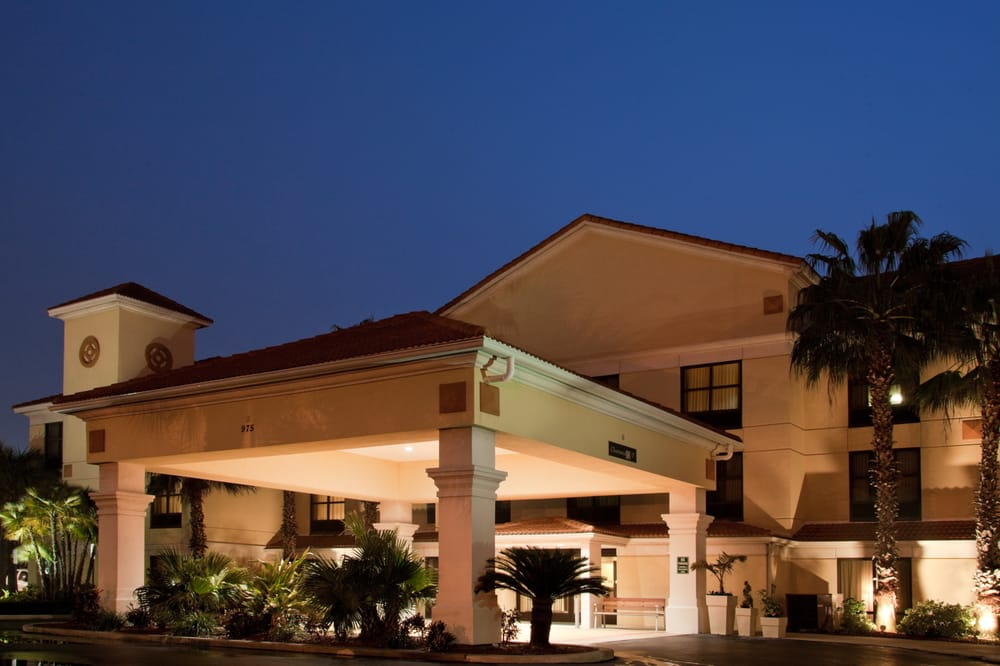 Holiday Inn Express & Suites Clearwater North/Dunedin: 975 Broadway, Dunedin, FL