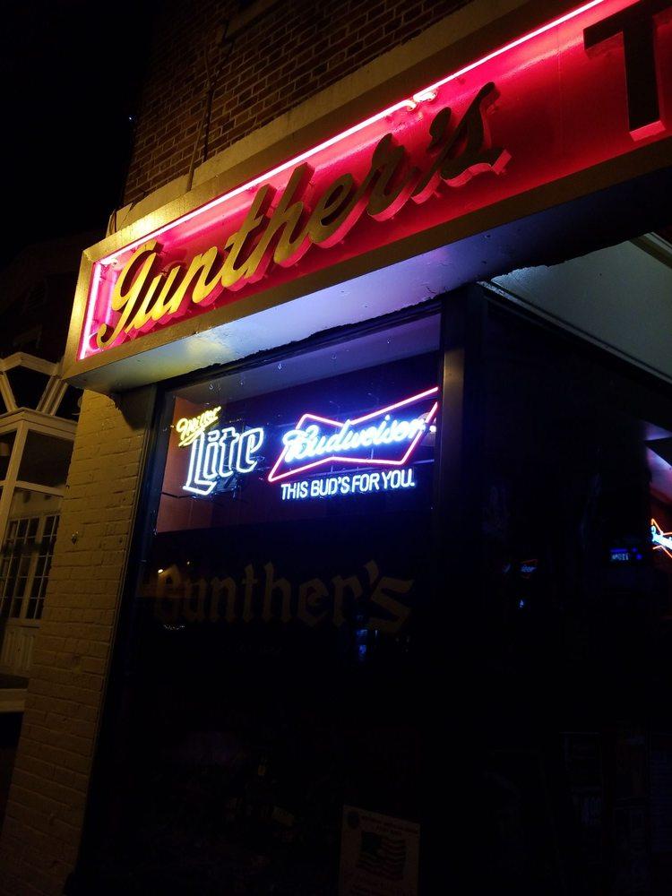 Gunther's Tap Room: 84 Main St, Northport, NY