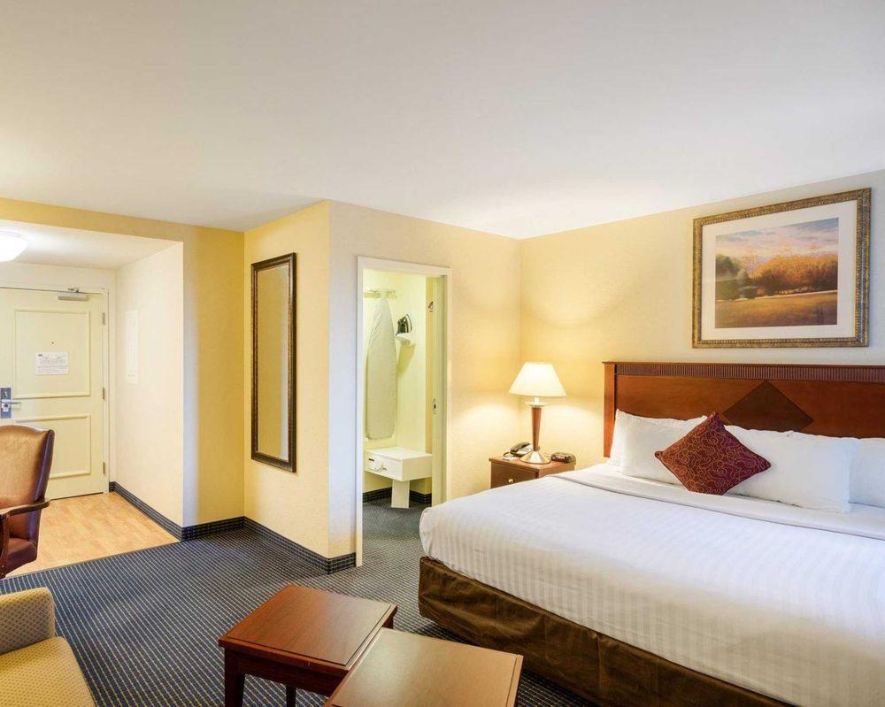 MainStay Suites: 201 Stover Blvd, Dover, DE
