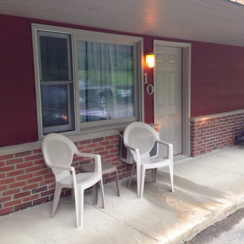 Photo of Colony Motel - Brewer, ME, United States. Not a 10,
