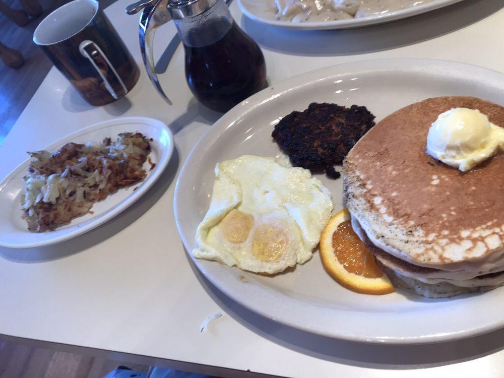 Ennis Sunrise Cafe: 108 E Main St, Ennis, MT