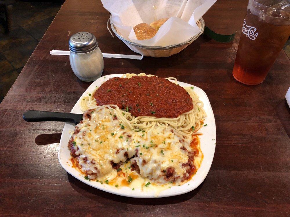 The Tuscan Italian Grill: 2600 Dearing Ford Rd, Altavista, VA