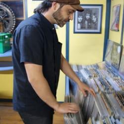 Shiva Music - Vinyl Records - Carrer del Còs del Bou, 15