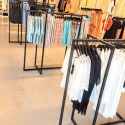 C O Store Outlet - 26 Photos - Women s Clothing - Handelsvägen ... 2b6f8d4479622