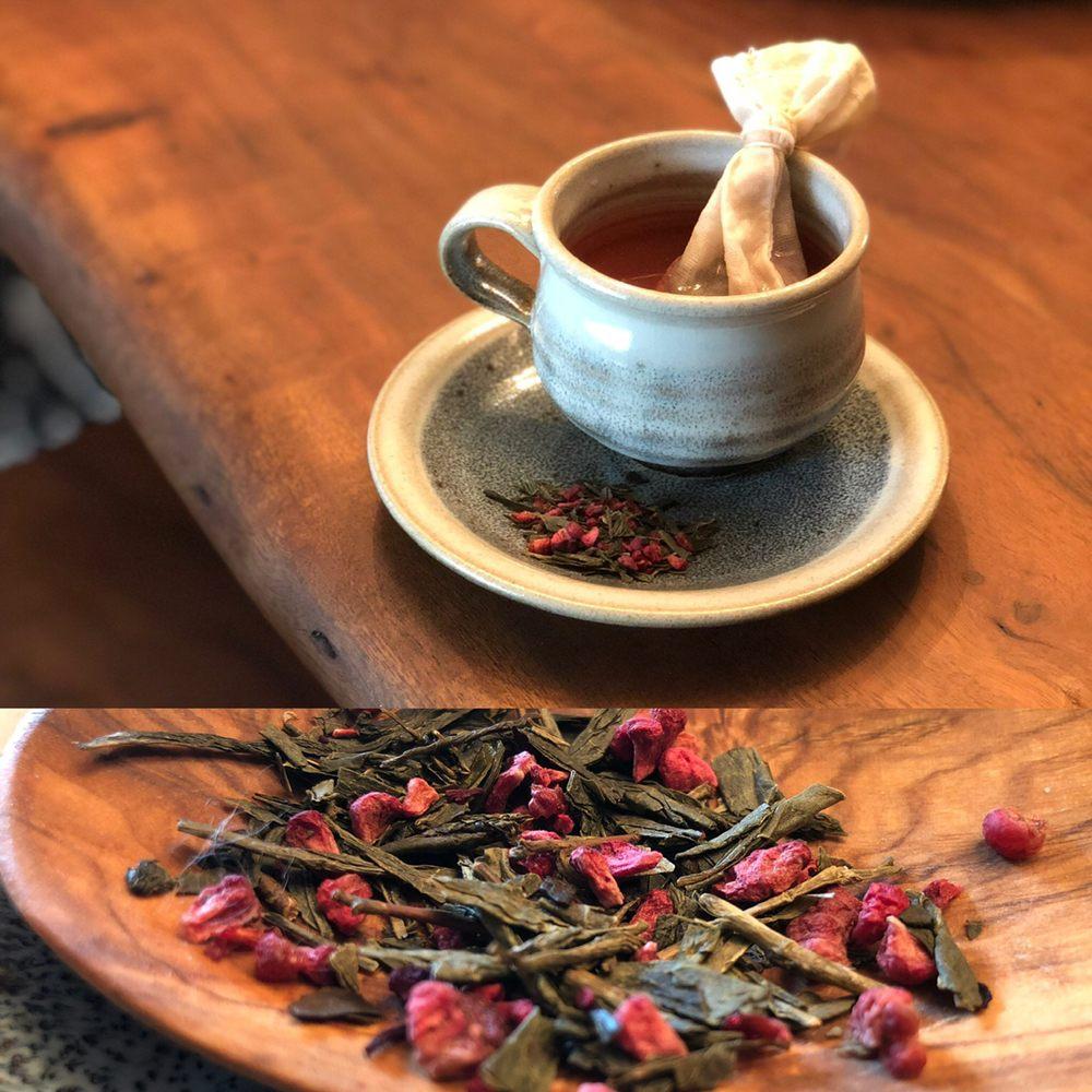 Green Leaf & Pebble Tea Spa