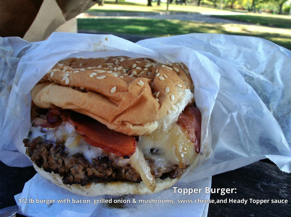 Shopping Bag's Topper burger: 1/2 lb burger with bacon, grilled ...