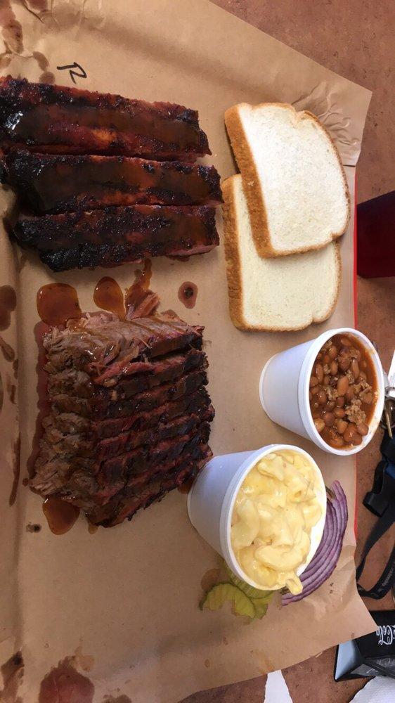 Meat Haven BBQ Company: 9430 N Highway 146, Mont Belvieu, TX