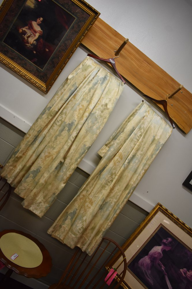 Nice As New Consignment Fashions: 2891 Cleveland Rd, Wooster, OH