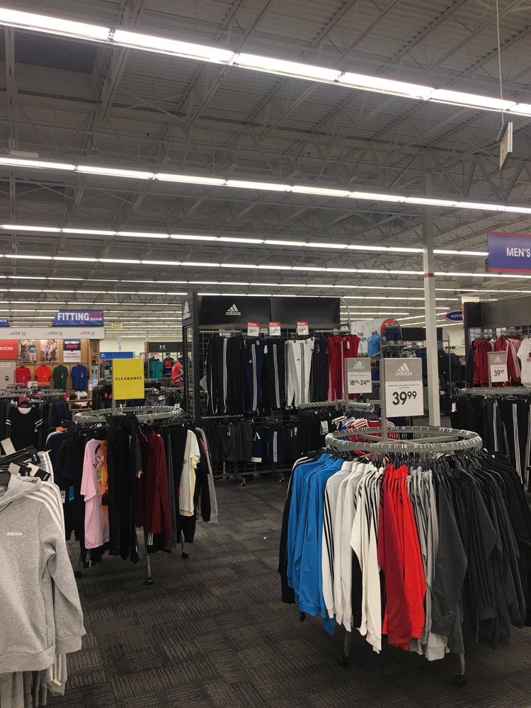 Academy Sports + Outdoors: 8610 Eastchase Pkwy, Montgomery, AL