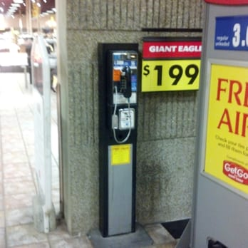 photo of giant eagle youngstown oh united states this teleporter is on - Giant Eagle Christmas Hours
