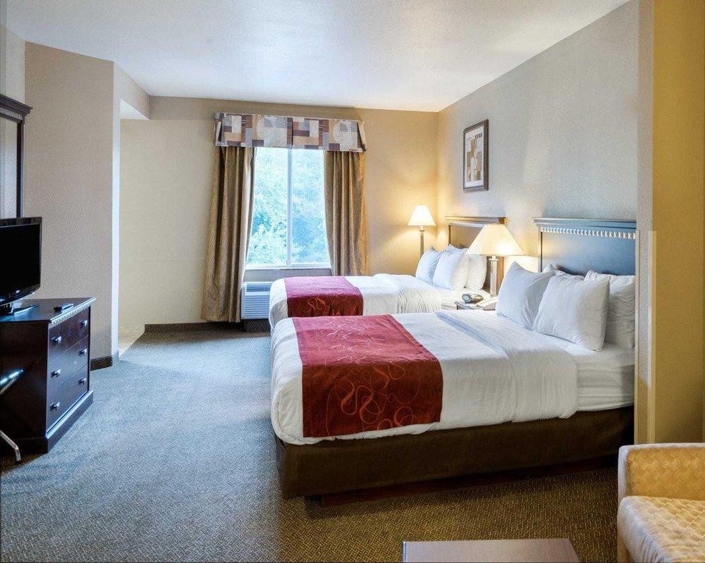 Comfort Suites: 23420 Sussex Hwy, Seaford, DE