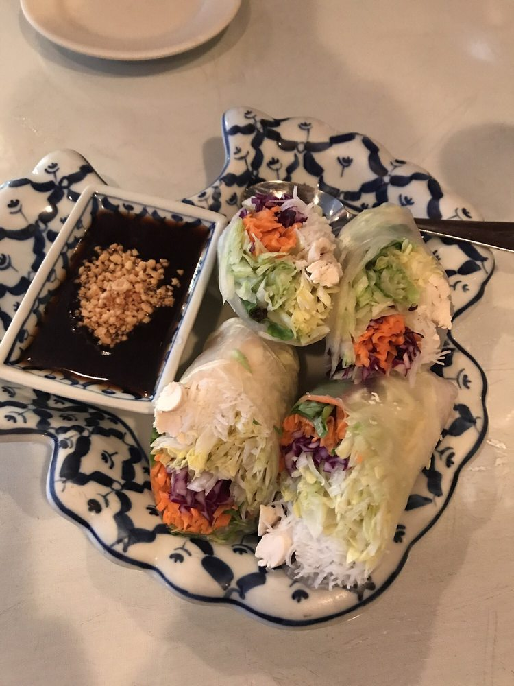 Royal Palace Thai: 811 S Howard Ave, Tampa, FL