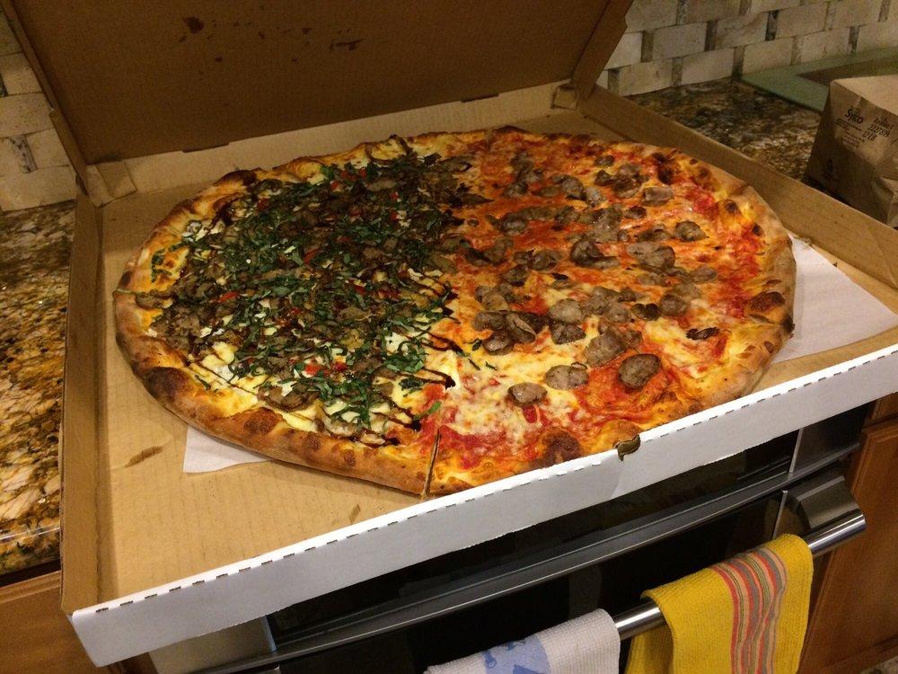 Three Brothers Pizza: 17773 Gunn Hwy, Odessa, FL