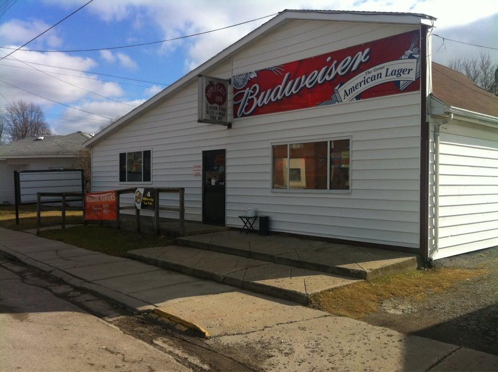 Applegate Inn: 4736 Main St, Applegate, MI