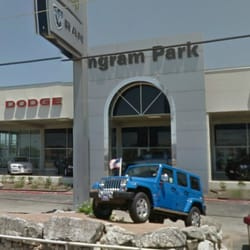 ingram park chrysler jeep dodge ram service 19 reviews auto repair 7000 nw loop 410 san. Black Bedroom Furniture Sets. Home Design Ideas