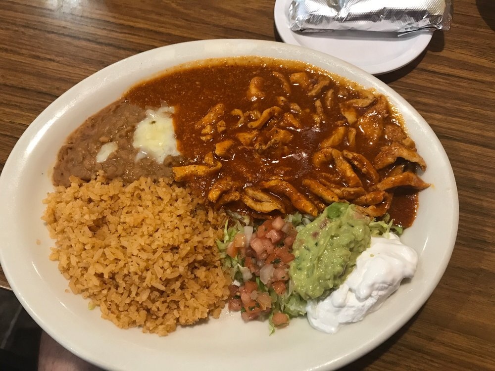 Fernando's 100% Authentic Mexican Restaurant: 226 N Tremont St, Kewanee, IL
