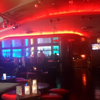 hookup bars in los angeles why is dating such a big deal