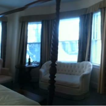 almondy inn 54 photos 20 reviews hotels 25 pelham. Black Bedroom Furniture Sets. Home Design Ideas