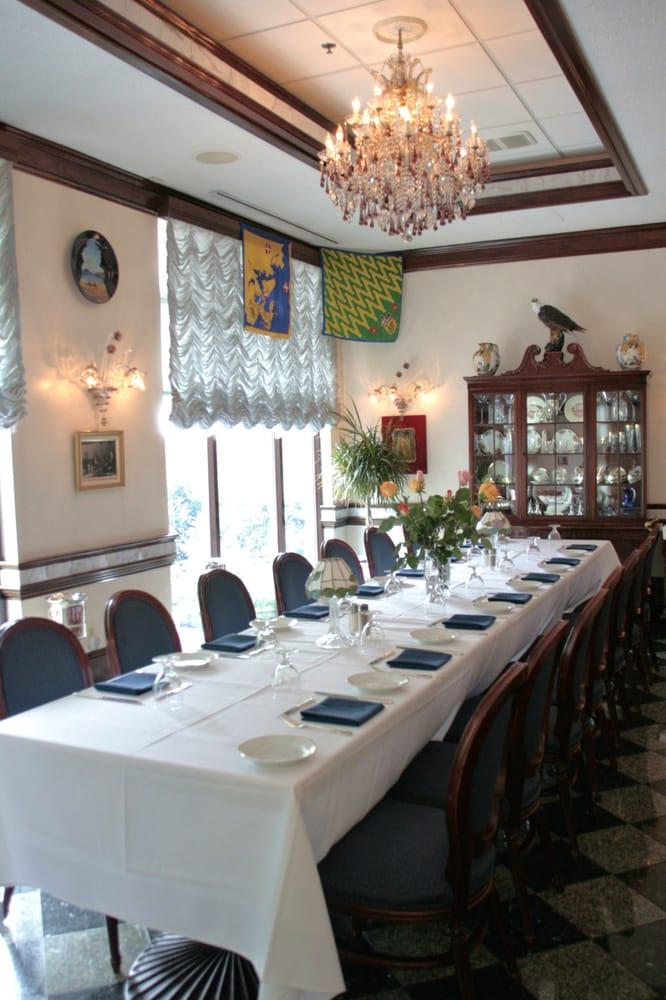 Ristorante la perla of washington dc dining private dining for Best private dining rooms washington dc