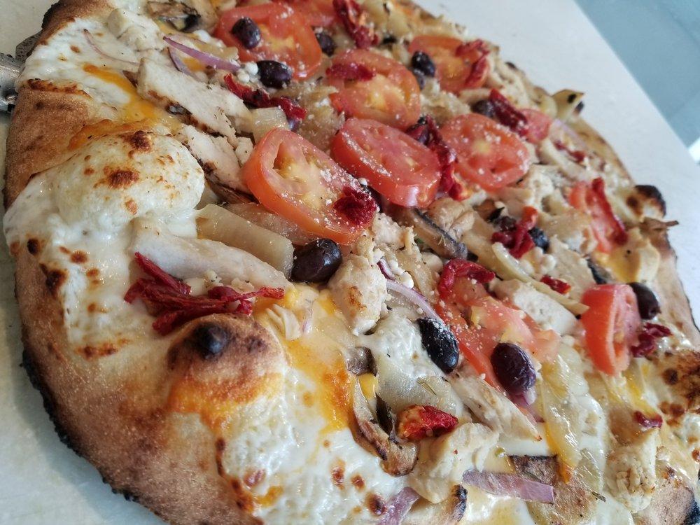 Green Fire Pizza: 1557 Pooler Pkwy, Pooler, GA
