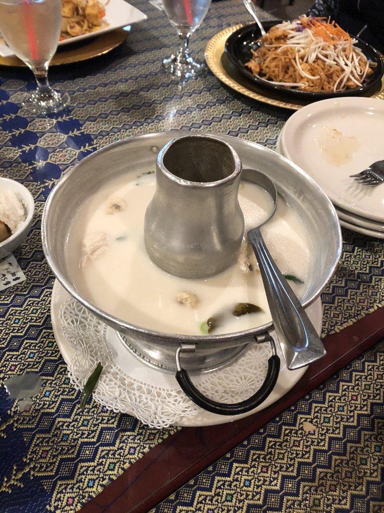 Galare Thai: 120 W Bell St, Sequim, WA