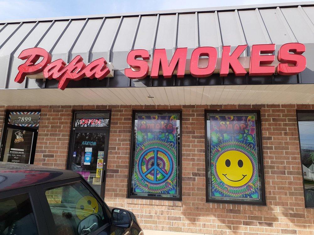 Papa Smokes: 7901 Munson Rd, Mentor-on-the-Lake, OH