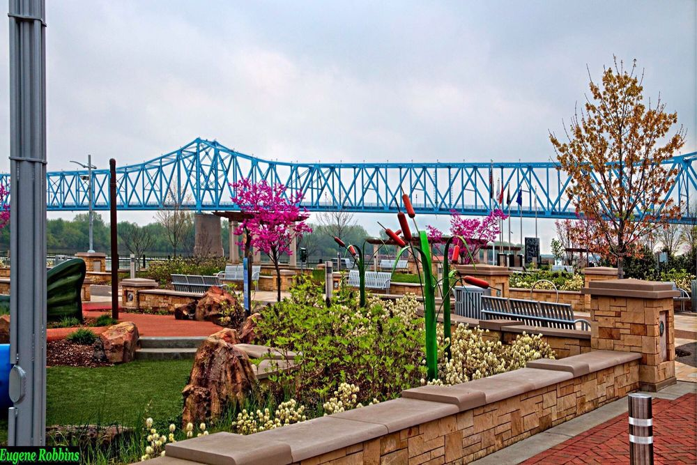 Smothers Park: 201-299 W Veterans Blvd, Owensboro, KY