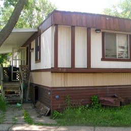 Touhy Mobile Homes Park - Mobile Home Parks - 400 W Touhy