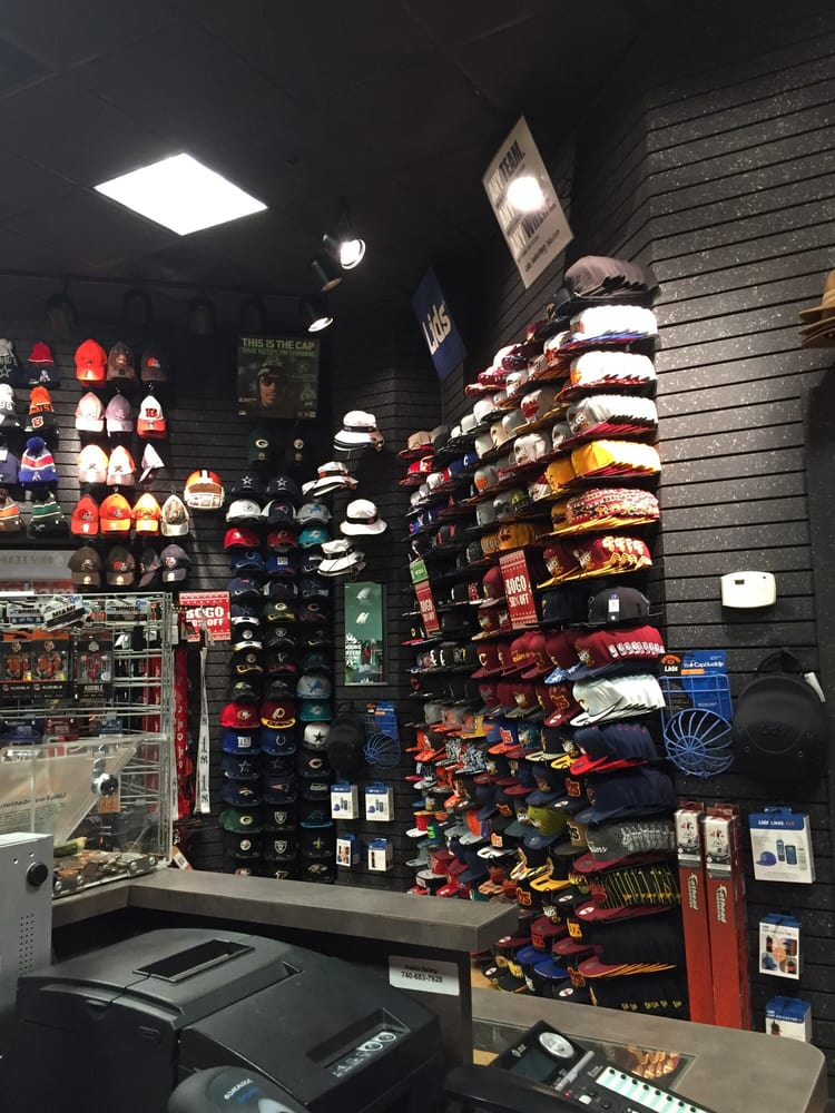 Hat World Incorporated: 3575 Maple Ave, Zanesville, OH