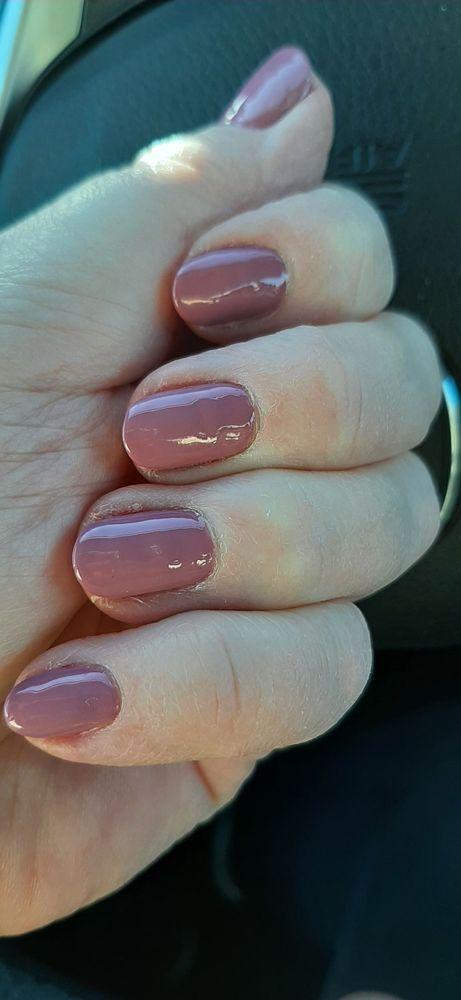 Modern Nails & Spa: 416 Daniel Webster Hwy, Merrimack, NH