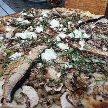California Pizza Kitchen - 18 Photos & 16 Reviews - Italian - Local ...