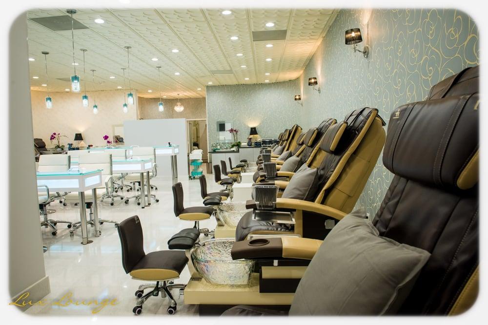 Lux lounge nails spa 542 foto 257 ulasan salon for Lux salon and spa
