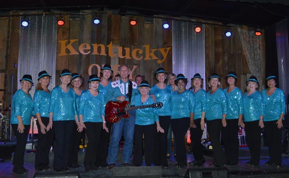 Kentucky Opry: 88 Chilton Ln, Benton, KY
