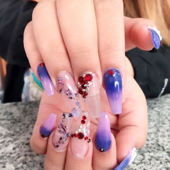 Broadway Nails - 55 Photos & 101 Reviews - Nail Salons - 219 ...