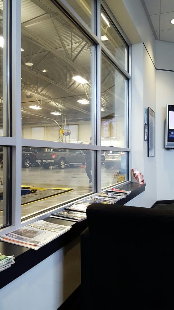 lakewood ford    reviews car dealers  pacific hwy sw lakewood wa