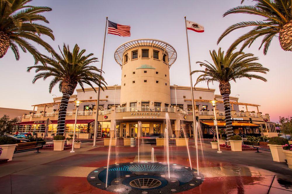 Pacific View: 3301 E Main St, Ventura, CA