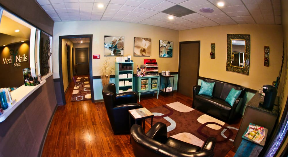 Medi Nails and Spa: 1 St Johns Medical Park Dr, Saint Augustine, FL